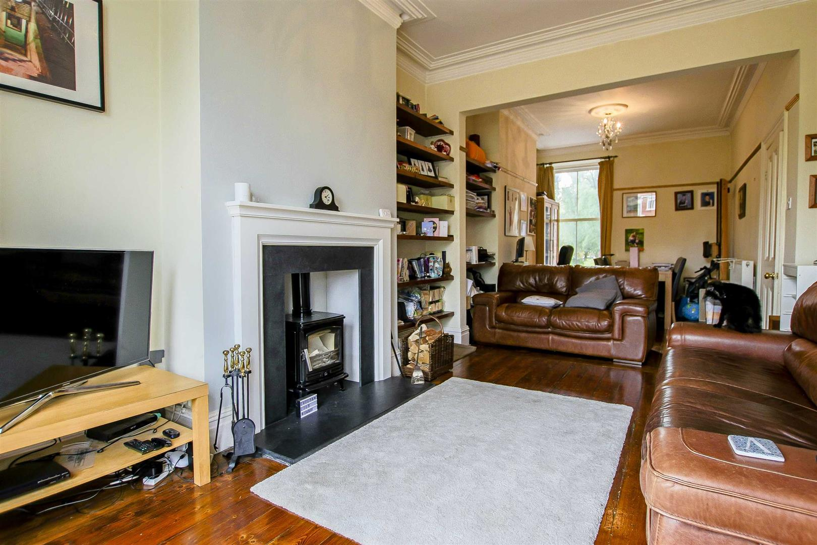 5 Bedroom Terraced House For Sale - Image 15